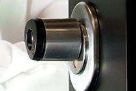 ηλεκτρονική κλειδαριά ασφαλείας NAVELON σε φορητό DEMO